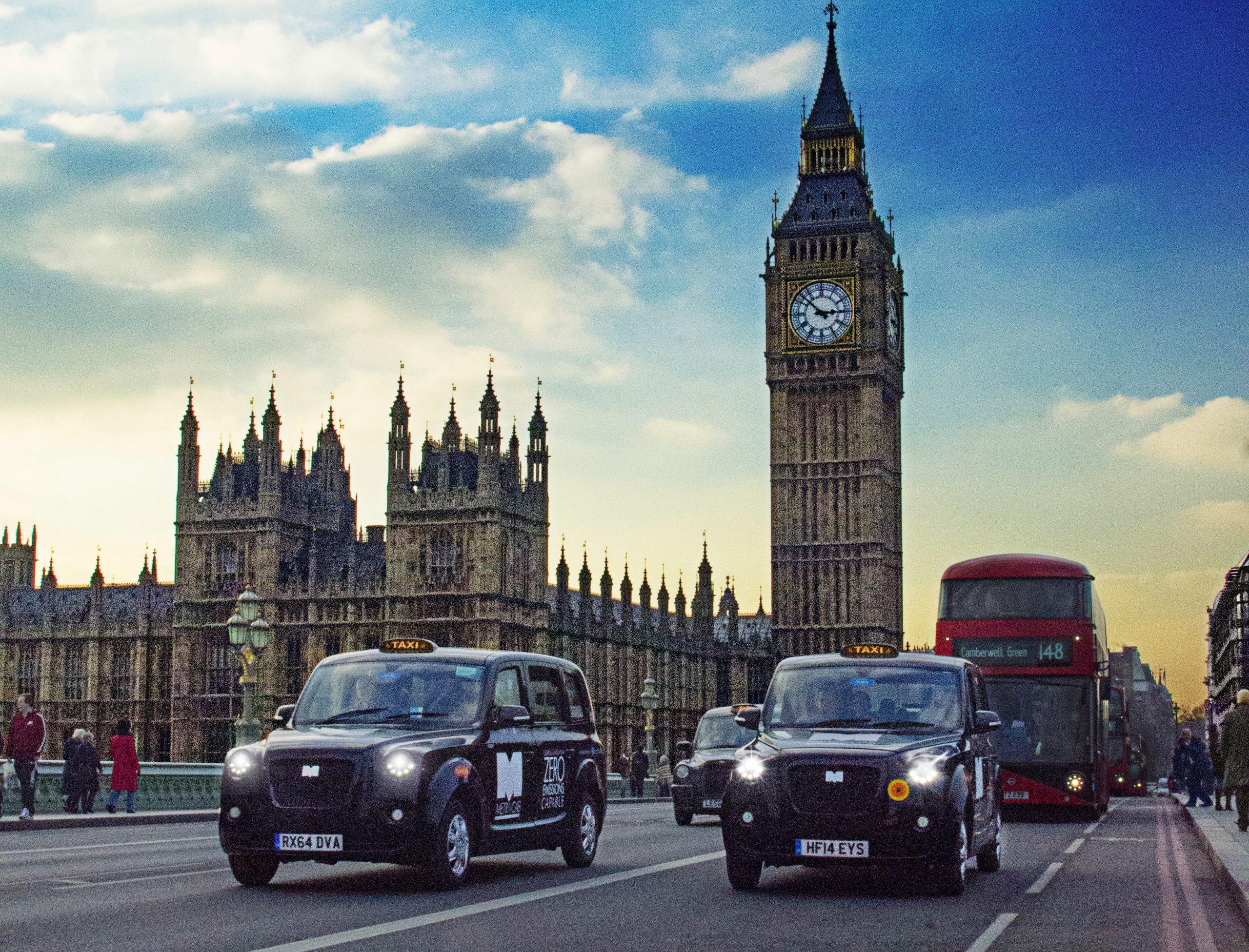 Les véhicules à moteur thermique bannis au Royaume-Uni dès 2030 ?